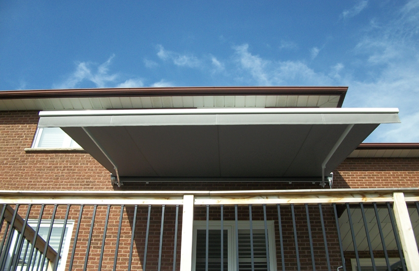 Solid colour awning