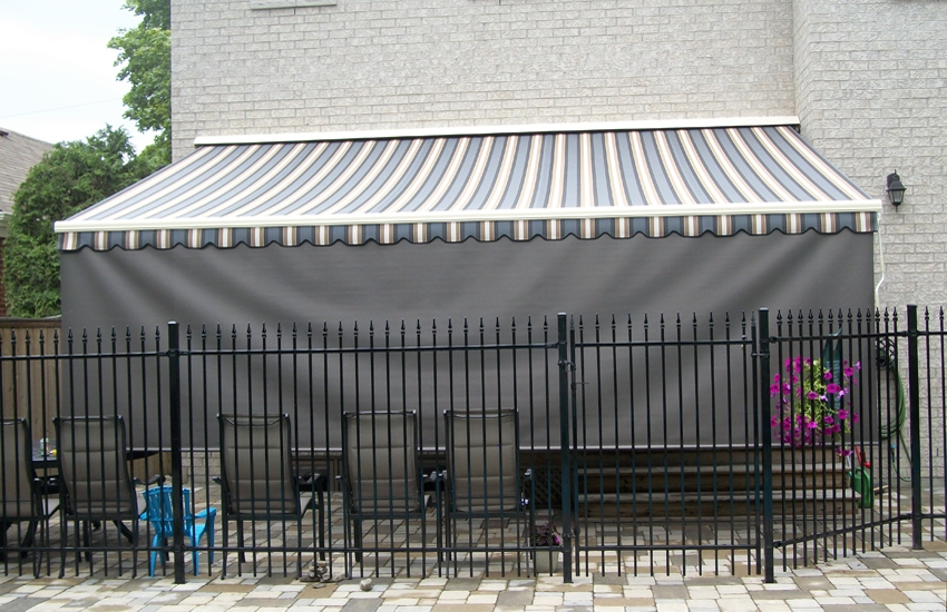 ADALIA X3M awning with retractable front valance