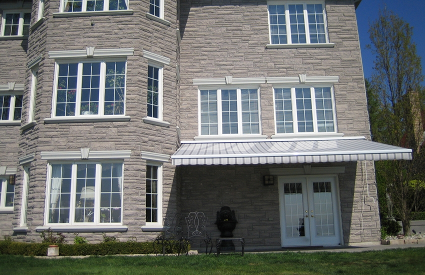 Stone Mansion Rolltec 174 Retractable Awnings Toronto