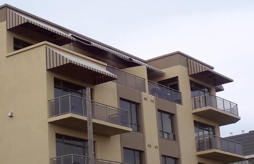 Port Elaine Condominiums Rolltec 174 Retractable Awnings