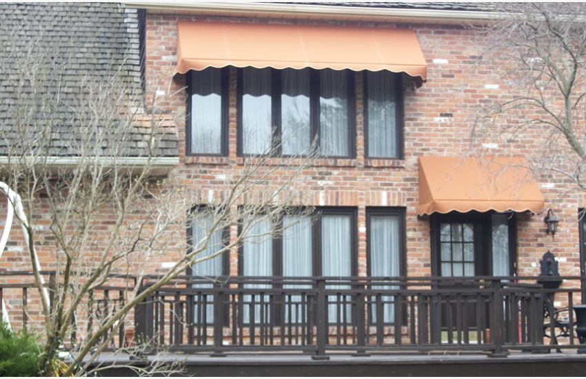 Traditional Stationary Awning With Valance Rolltec