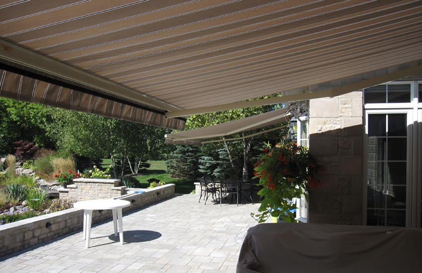 Suburban Paradise Rolltec 174 Retractable Awnings Toronto